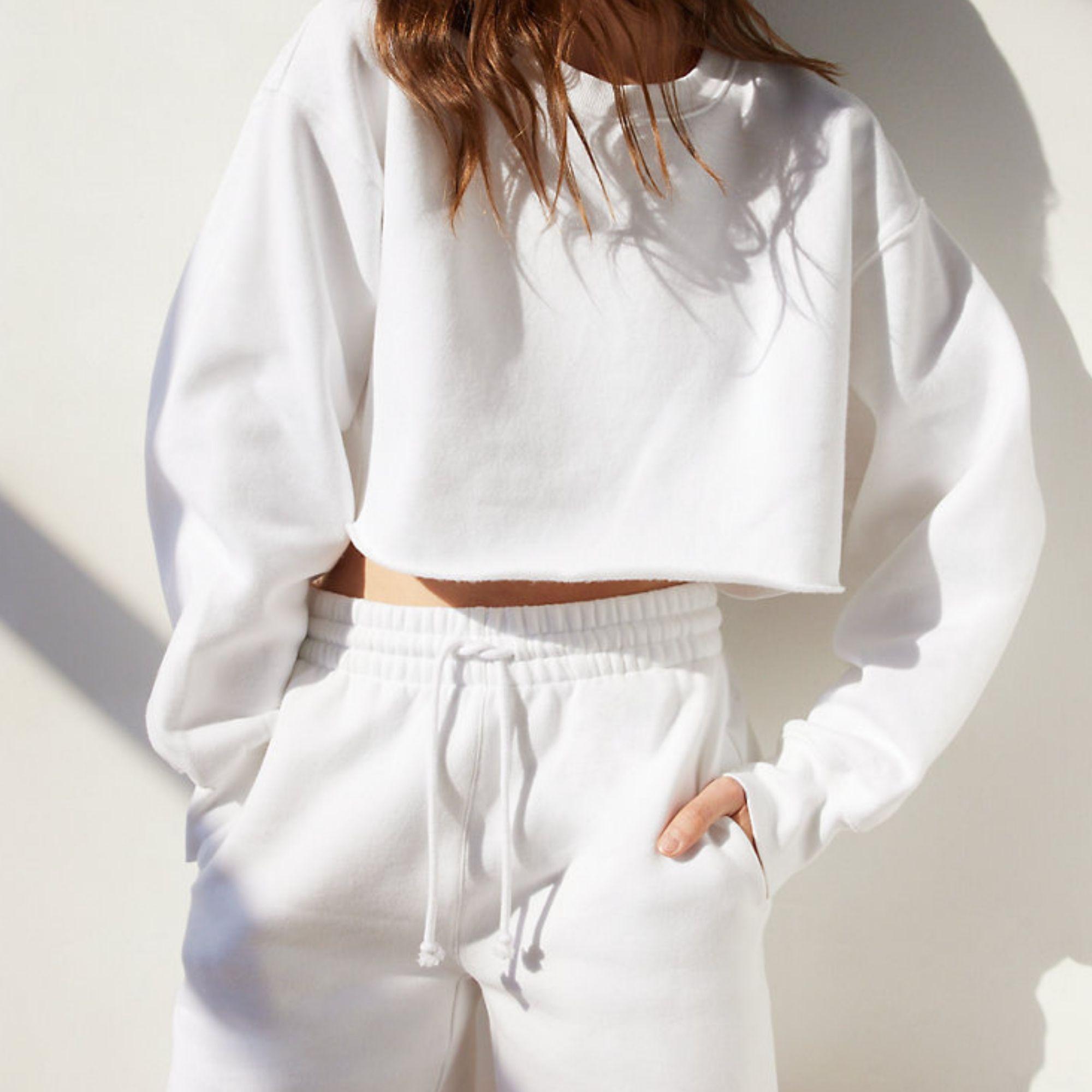 White matching sweatshirt and pants set