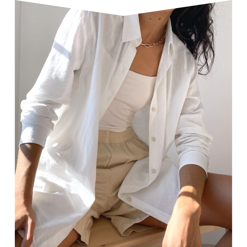 White cotton button-up shirt by Aritzia