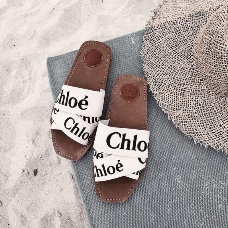 Chloé slides