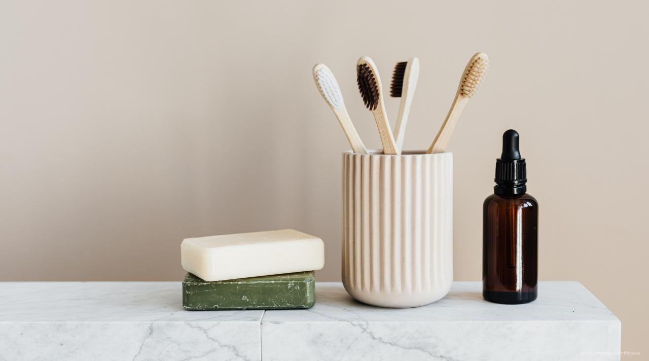 Eco-friendly bathroom accessories