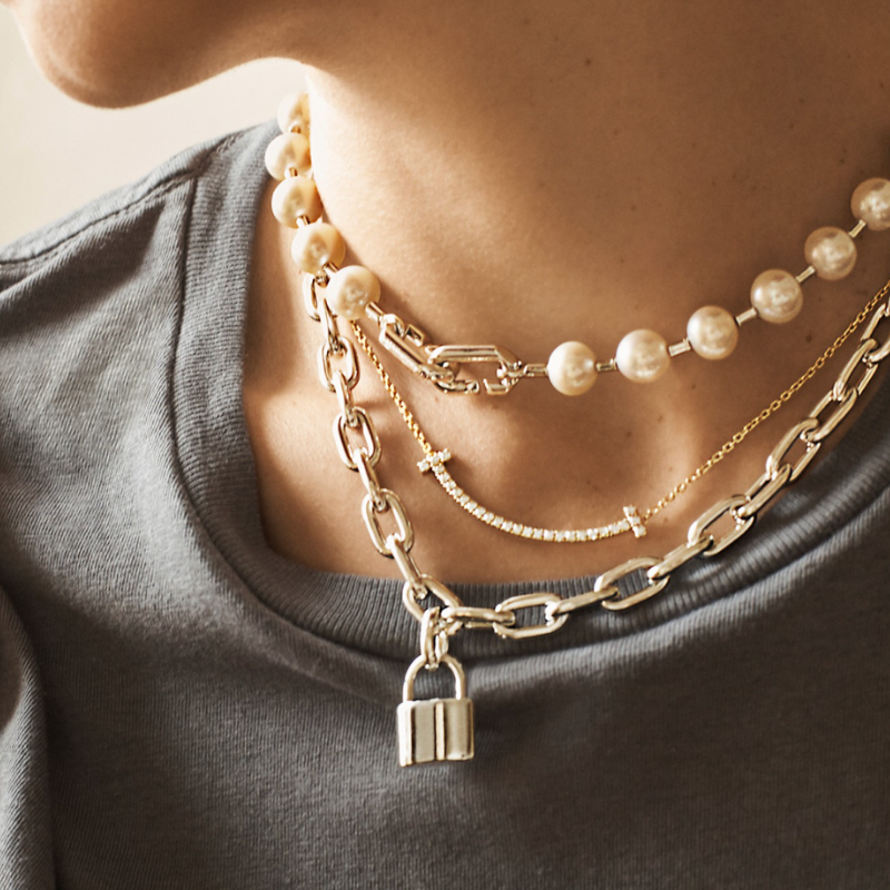 Chain and pearl necklaces from Tiffany & Co.